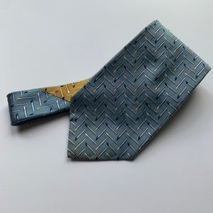 Tommy Hilfiger Tie Blue Silk Made in the USA